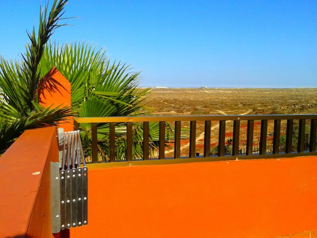 Modern apartment in Corralejo, with communal pools. Sleeps 4