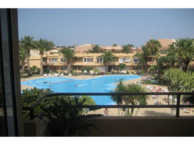One bedroom apartment in corralejo fuerteventura within easy walking distance of bars, shops, restaurants, beaches and surf beaches.