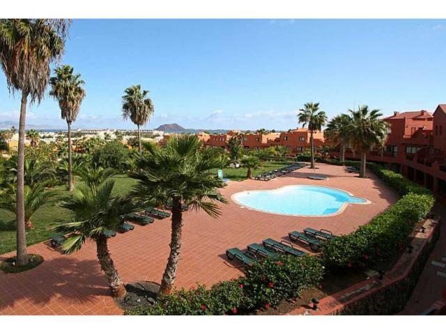 Two bedroom holiday apartment in Corralejo close to bars, shops, restaurants and beaches