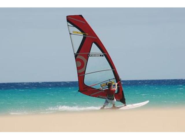 Windsurfing - Holiday Urban, Corralejo, Fuerteventura